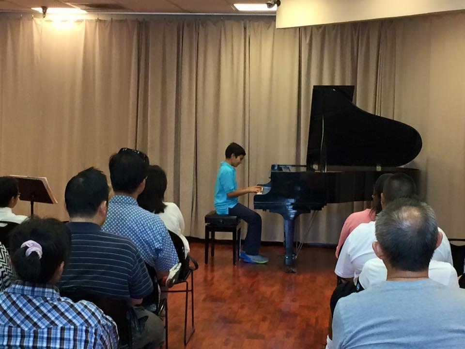 Piano-1